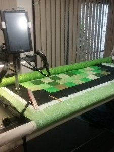 longarm with quilt (1)